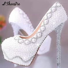 Beautiful pearly sparkly white shoes