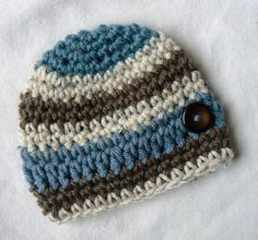 Summer baby boy hat A favorite at baby showers by eveningasters. $22.75, via Etsy.