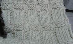 tecido de lã feito em tricô em 2011.