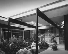 Kronish-Richard-Neutra -- Kronish House designed by Richard Neutra