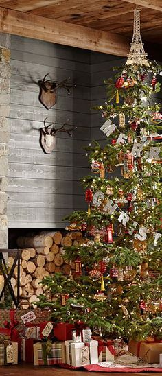 rustic-country-christmas-2.jpg 273×635 pixels...merry christmas banner across tree