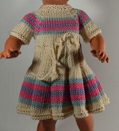Puppenkleid für 34 cm Puppe von MonikasPuppenmode auf DaWanda.com