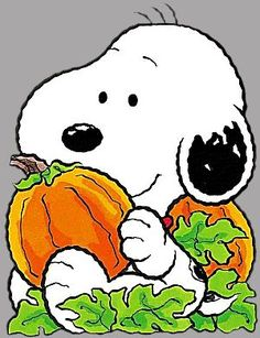 Snoopy - My Mom's Birthday Charlie Brown Halloween, Snoopy Halloween, Halloween Clipart, Charlie Brown And Snoopy, Halloween Cards, Happy Halloween, Baby Snoopy, Snoopy Love, Snoopy And Woodstock