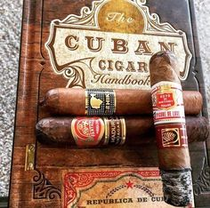 Cigars And Whiskey, Good Cigars, Pipes And Cigars, Gin, Zigarren Lounges, Havana Nights Party Theme, Cheap Cigars, Whiskey Room, Cigar Bar