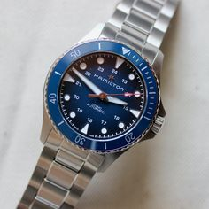 In Review: Hamilton Khaki Navy Scuba Auto Watch Websites, Hamilton Khaki Navy, Play The Video, Small Case, Metal Bracelets, Fashion Watches, Rolex Watches, Quartz, Couple