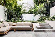 Gardening – Gardening Ideas, Tips & Techniques Backyard Pool Designs, Small Backyard Design, Pool Landscaping, Garden Furniture Sets, Outdoor Garden Furniture, Outdoor Decor, Outdoor Sofa, Outdoor Spaces, Outdoor Living