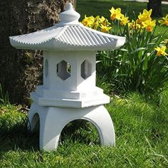 This Garden Pagoda Is Cast In Three Pieces, And Produced With Very  Detailed, Elegant Garden Ornamentation. There Are No Seam Lines, Which Is  Quite An ...
