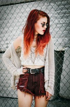 Le Happy - Page 3 of 161 - Just another WordPress site Grunge Look, 90s Grunge, Grunge Style, Soft Grunge, Grunge Outfits, Grunge Fashion, Fashion Outfits, Edgy Outfits, Women's Fashion