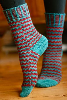 """Jagged"" sock pattern. Great colors!"