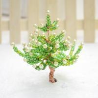 Hacer un árbol de Navidad Mini Three,Dimensional con perlas de vidrio y alambre de