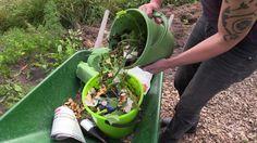 Bokashi-kompost på kjøkkenet The Creator, Garden Ideas, Youtube, Gardening, Pictures, Lawn And Garden, Landscaping Ideas, Backyard Ideas, Youtubers