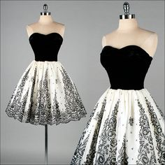 Vintage 1950s Dress . Black Velvet . Ivory Organza . Flocked .