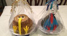 A kiwi and a pukeko cake