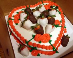 heart cake with roses