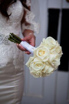Cream Rose Bouquet  http://roxyheartvintage.com