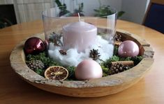#christmas #centerpiece #handmade #personalizable #wood #candle #cinnamon #orange #christmasball #pinecone #moos Centerpieces, Table Decorations, Pinecone, Christmas Balls, Cinnamon, Candles, Orange, Wood, Handmade