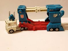 1984 Transformers Ultra Magnus. Smoke free environment. Stickers and paint are good ! | eBay!