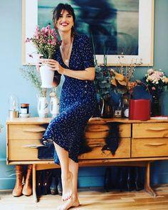 Наконец тепло! Где искать самые красивые летние платья: три молодых и многообещающих бренда уже на #harpersbazaar_ru Переходите по активной ссылке в профиле   via HARPER'S BAZAAR RUSSIA MAGAZINE OFFICIAL INSTAGRAM - Fashion Campaigns  Haute Couture  Advertising  Editorial Photography  Magazine Cover Designs  Supermodels  Runway Models