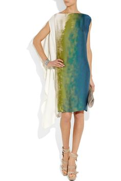 Leaf-green, ocean-blue and off-white silk asymmetric tunic dress with a watercolor print. Bottega Veneta dress has a boat neck, a draped overlay panel along one side, side slit pockets and simply slips on. Elisa Cavaletti, Silk Tunic, Event Dresses, Mode Style, Dress Me Up, Beautiful Dresses, Beautiful Life, Passion For Fashion, Fabric Design