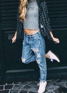 7a5d8c7a398 pinterest  jaiiiime Boyfriend Jeans Outfit Summer
