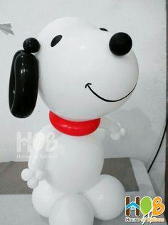 Snoopy Balloon Art by @houseofballoon