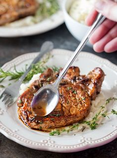 Maple Balsamic Glazed Pork Chops   Tender, juicy, bone-in glazed pork chops are seared and coated in a lip-smacking maple balsamic vinegar sauce!   http://thechunkychef.com