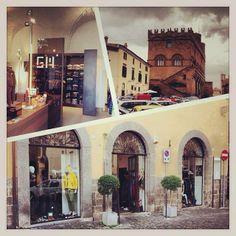 Our shop in Piazza del Popolo, Orvieto Italy
