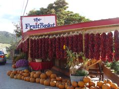 Chili peppers and pumpkins.... AWESOME!