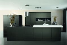 Multi Keukens Maassluis : Beste afbeeldingen van zwarte keukens by keukenstudio maassluis
