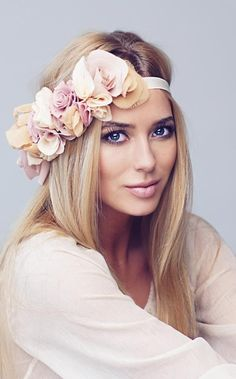 Such a sweet #headband #headpieces