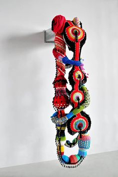 ART BASEL HONG KONG  15.05 > 18.05.2014   Joana Vasconcelos will be represented at Art Basel Hong Kong by Galerie Nathalie Obadia, Paris/Brussels and casa triângulo, São Paulo (stands 3C36 and 1B09, respectively).