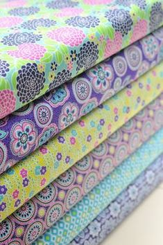 Anthology Fabrics - A Gathering of Flowers - Sweet Tooth