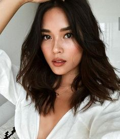 Gray is the new Black: 30 hairstyles for gray hair – Trending Hairstyles - - Gray is the new Black: 30 hairstyles for gray hair – Trending Hairstyles Brunettes Haare # Frisuren Medium Hair Styles, Natural Hair Styles, Short Hair Styles, Natural Curls, Natural Waves, Trending Hairstyles, Pretty Hairstyles, Style Hairstyle, Latest Hairstyles
