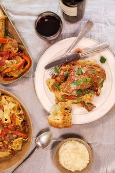 This is a comforting dish that easily feeds a crowd: Red wine and mushroom chicken Cacciatore with roasted peppers. Served with your choice of bread or Pappardelle.