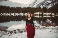 Winter engagement photo, Gold Creek Pond, WA. Picture Marvelous Photography
