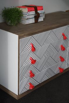 Best Dresser Upcycles - A girl and a glue gun Paint Furniture, Furniture Makeover, Home Furniture, Geek Furniture, Furniture Ideas, Furniture Design, Outdoor Furniture, Do It Yourself Furniture, Do It Yourself Home