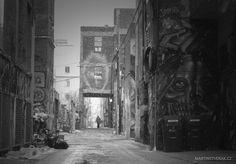 Ulička různých emocí - Graffity Alley v Torontu