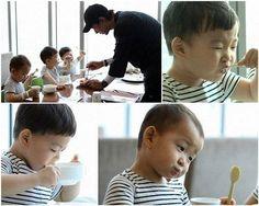 Triplets in Return of Superman Cute Kids, Cute Babies, Song Il Gook, Triplet Babies, I Miss You Guys, Song Triplets, Superman Baby, Song Daehan, Korean Babies