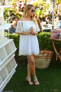 All eyes on Lauren! Conrad was truly glowing as she stole the spotlight in her summery ensemble
