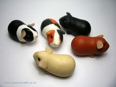 Clay guinea pigs. So cute! The one in the middle looks like my Hammy!