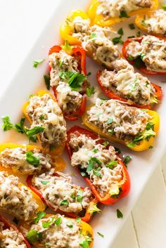 Sausage Stuffed Mini Sweet Peppers Recipe - Game Day Appetizer Mini Sweet Peppers, Stuffed Mini Peppers, Italian Appetizers, Appetizer Recipes, Clean Eating Snacks, Healthy Eating, Healthy Life, Mini Paprika, Game Day Appetizers