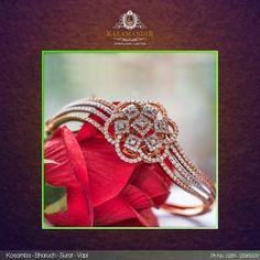 Best Gold, Diamond & Platinum Jewellery Showroom Brands in India Diamond Bracelets, Diamond Jewelry, Bangle Bracelets, Baby Bracelet, Pearl Bracelet, Princess Tiara Ring, Jewellery Showroom, Gold Designs, Platinum Jewelry