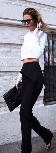 #street #fashion black and white + clutch purse @wachabuy