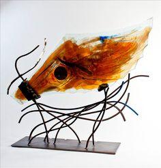 """I Can Fly (2012) // Multicouches de verre fusionné et travaillé à froid, taillé et poli, peinture de poudre d'oxide, acier, 61 x 76 x 16cm / Multilayered fused glass, cut and polished, powder pigment, steel, 24"""" x 30"""" x 6.25"""" /// $3,900"""