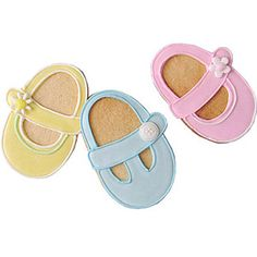 These Edible Baby Shower Gifts Are Only a Click Away: Baby Shoe Decorated Cookie