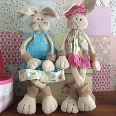 Coelhos Drica Schutz Kids And Parenting, Diy And Crafts, Rabbit, Bunny, Dolls, Handmade, Doll Patterns, Couture, Bunny Crafts