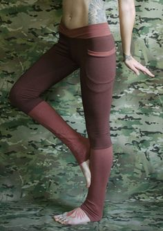 Eco Hand-Dyed Winter Yoga Pants with Pockets in Bamboo Eco Fleece || Crossfox