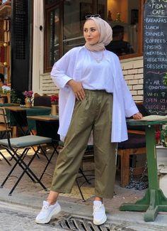 Hijab Fashion Summer, Modern Hijab Fashion, Street Hijab Fashion, Hijab Fashion Inspiration, Basic Outfits, Casual Summer Outfits, Hijab Fashionista, Hijab Casual, Hijab Outfit