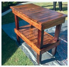 Kitchen island bench made from recycled pallets.