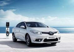 2018 Renault Samsung Sm3 Z E Has A Larger Battery And 132 Miles Of Pure Electric Range Carscoops Renault Compact Cars Car